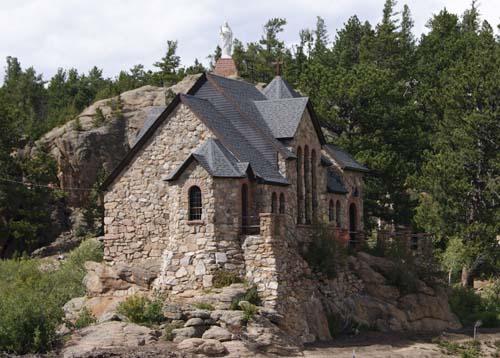 Malo Church